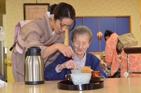 養護老人ホーム 太子園慰問