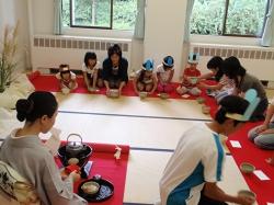 こども茶道教室 「子どもお茶を楽しむつどい」